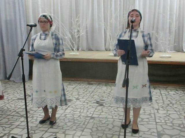 Студенты Сарапула провели встречу с удмуртскими поэтессами