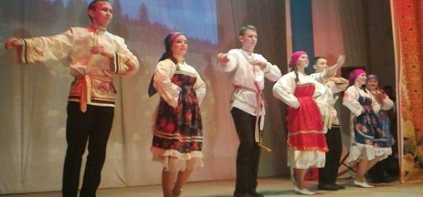 В Можге прошел Многонациональный фестиваль «Друг к другу с добром»