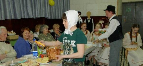 В сарапульском Центре немецкой культуры «Wiedergeburt» отметили Пасху — Osteгnfest