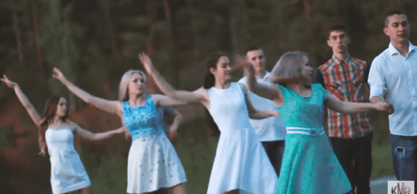В городе Можга запустился проект «Танцуй, Можга!»