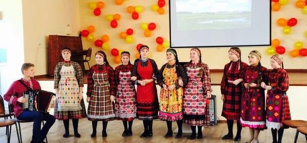 Учащиеся ижевской школы № 11 познакомились с венгерскими музыкантами