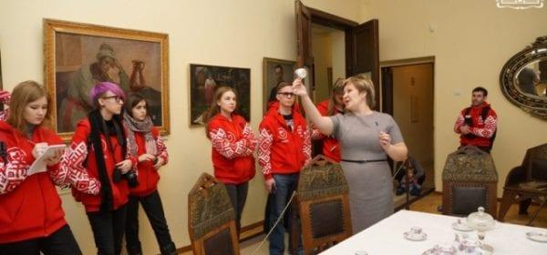 Молодые исследователи из регионов России посетили Сарапульский музейный комплекс