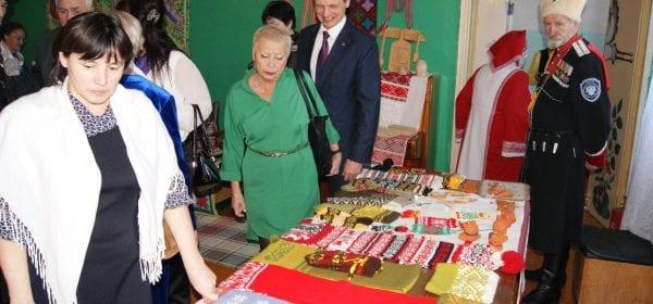Центр дружбы народов начал работу в Каракулинском районе