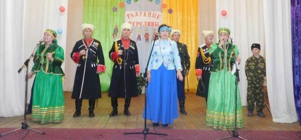 Фестиваль национальных культур «Радужные переливы» прошел в Каракулинском районе