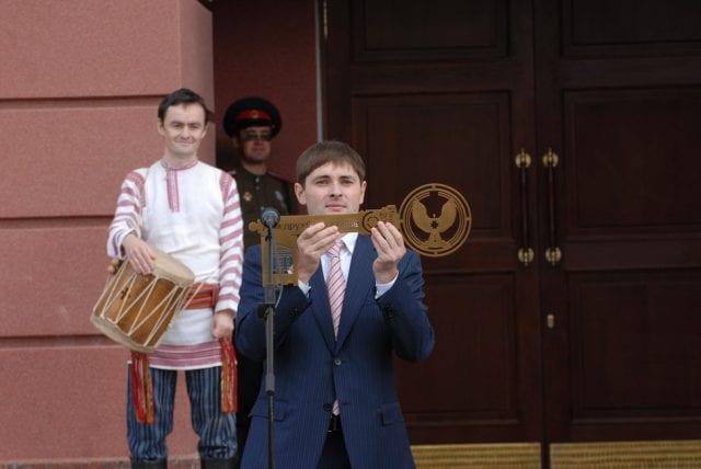 Роман Горяинов – первый сотрудник Дома Дружбы народов.