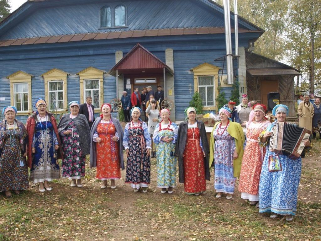 Новый центр русской культуры открыт в Граховском районе