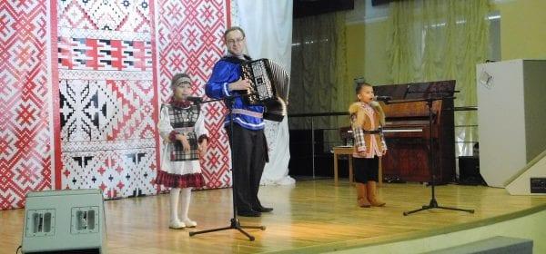 """Финал фестиваля """"Пичи чеберайёс но Батыръес"""" прошел в Ижевске"""