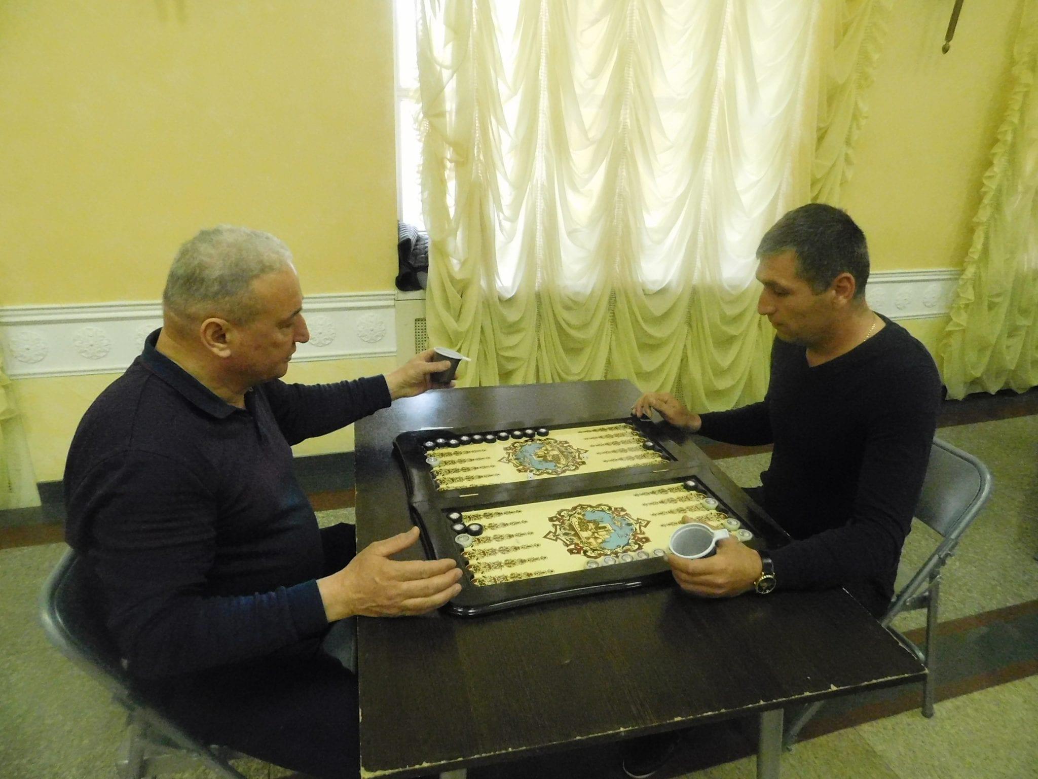 Турнир по шашкам и длинным нардам среди национально-культурных объединений Удмуртии