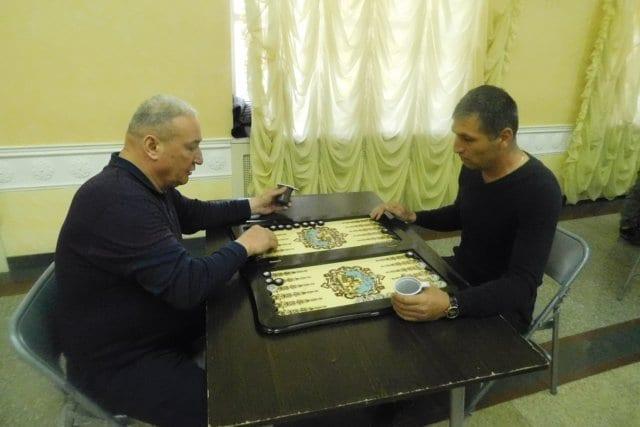 Состоялся турнир по шашкам и нардам среди национально-культурных объединенийУдмуртии