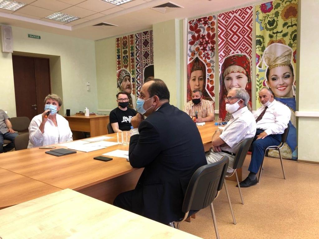 В канун Дня России Александр Бречалов встретился с активом НКО