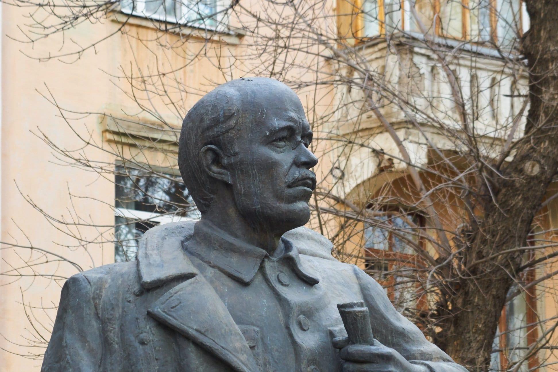 Фото памятника Иосифу Наговицыну в Ижевске