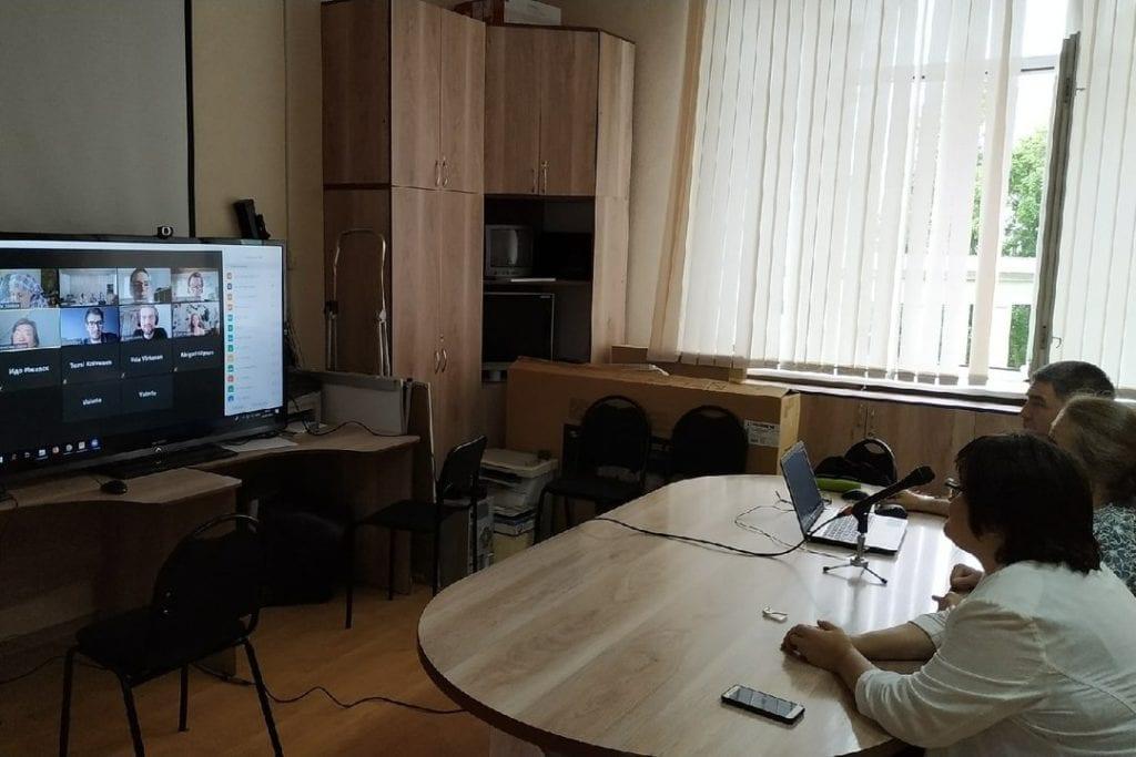 Иностранцы учат удмуртский в летней языковой школе УдГУ