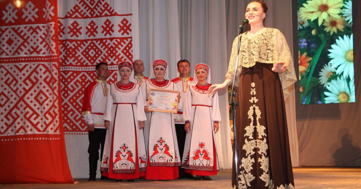 Фото с фестиваля финно-угорских и самодийских народов