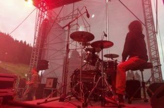 """Фото барабанщика группы """"Сайлент ву гур"""" на сцене """"Эктоники"""""""
