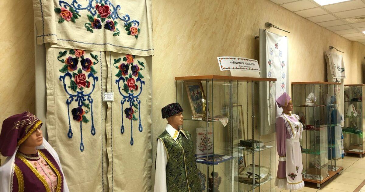 фото выставка в ДДН